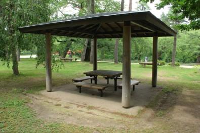 弘前公園(弘前城)市民広場東屋