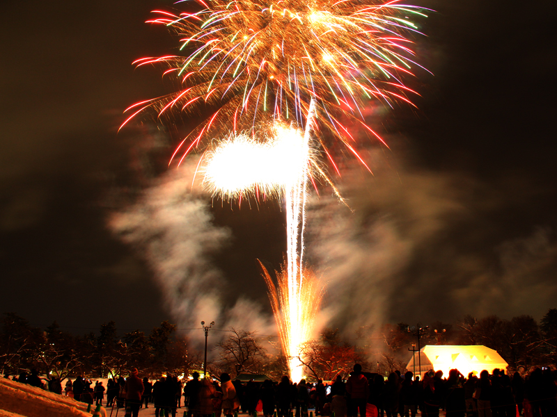 2014年弘前雪灯篭まつり 花火2