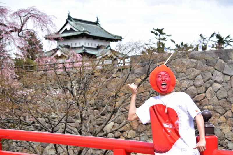 弘前公園(弘前城)りんご飴マン