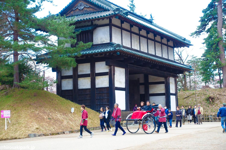 弘前公園観光人力車