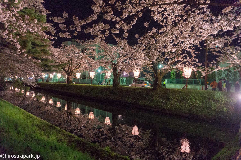 弘前公園 (2018年4月23日 撮影)