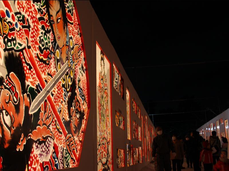 弘前公園・弘前城の2014年弘前雪灯篭まつり 会場の様子 津軽錦絵大回廊 ねぷた絵