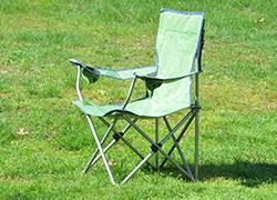 弘前公園(弘前)でのお花見に持って行くと便利なもの・折り畳み椅子
