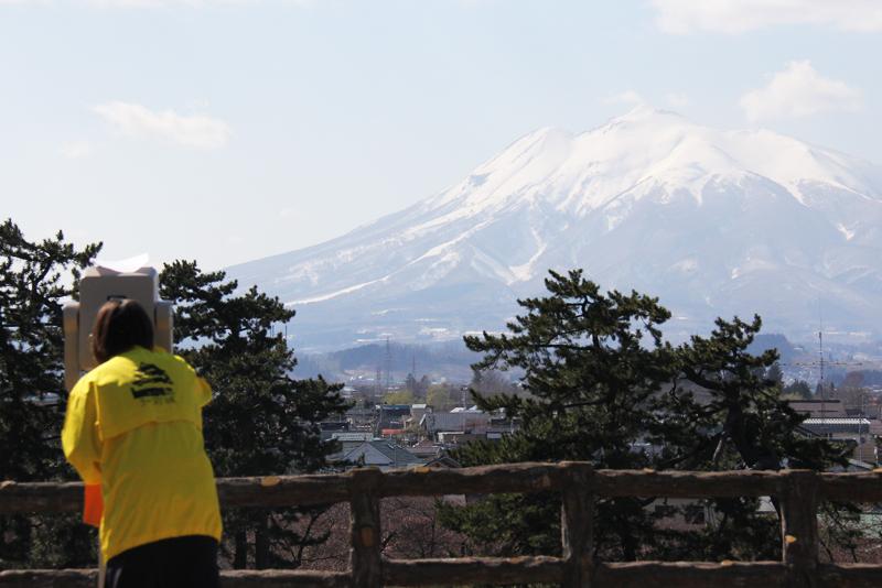 津軽富士岩木山や弘前公園近郊を望遠鏡で見れます