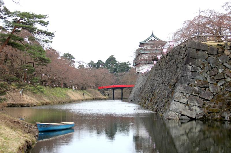 北の郭 弘前城と下乗橋