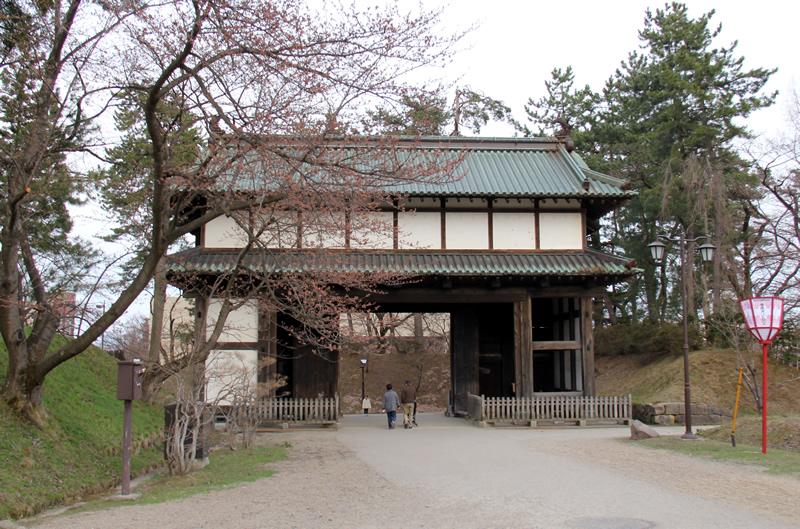 弘前城・弘前公園の東門