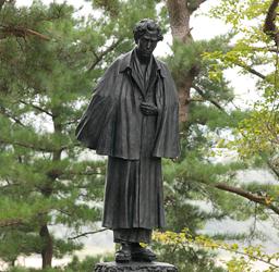 太宰治銅像