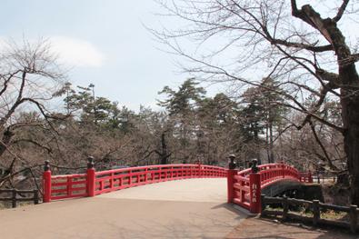 弘前公園・弘前城「杉の大橋」の様子(2014年4月7日)