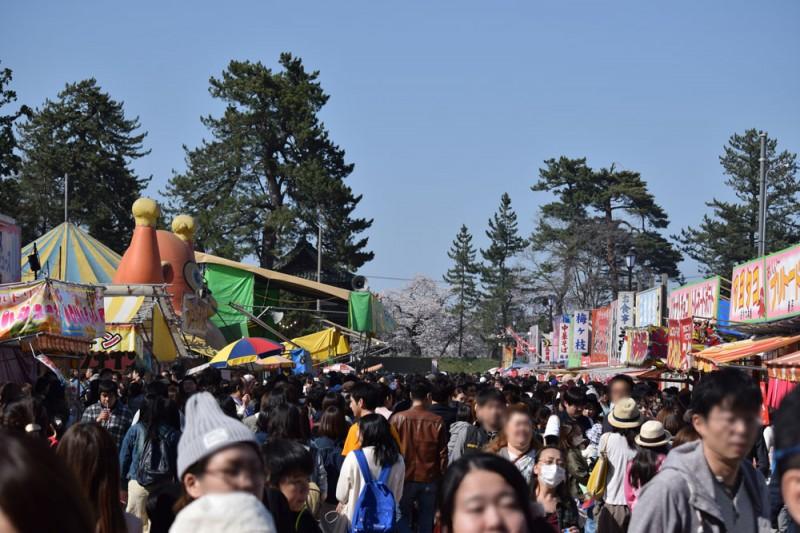 弘前公園 露店の様子