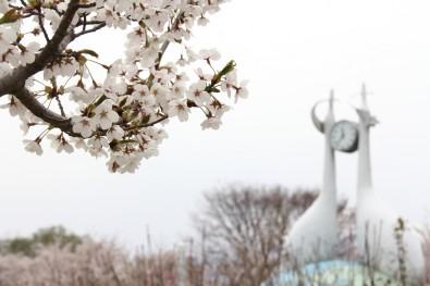 鶴田町・鶴のモニュメント