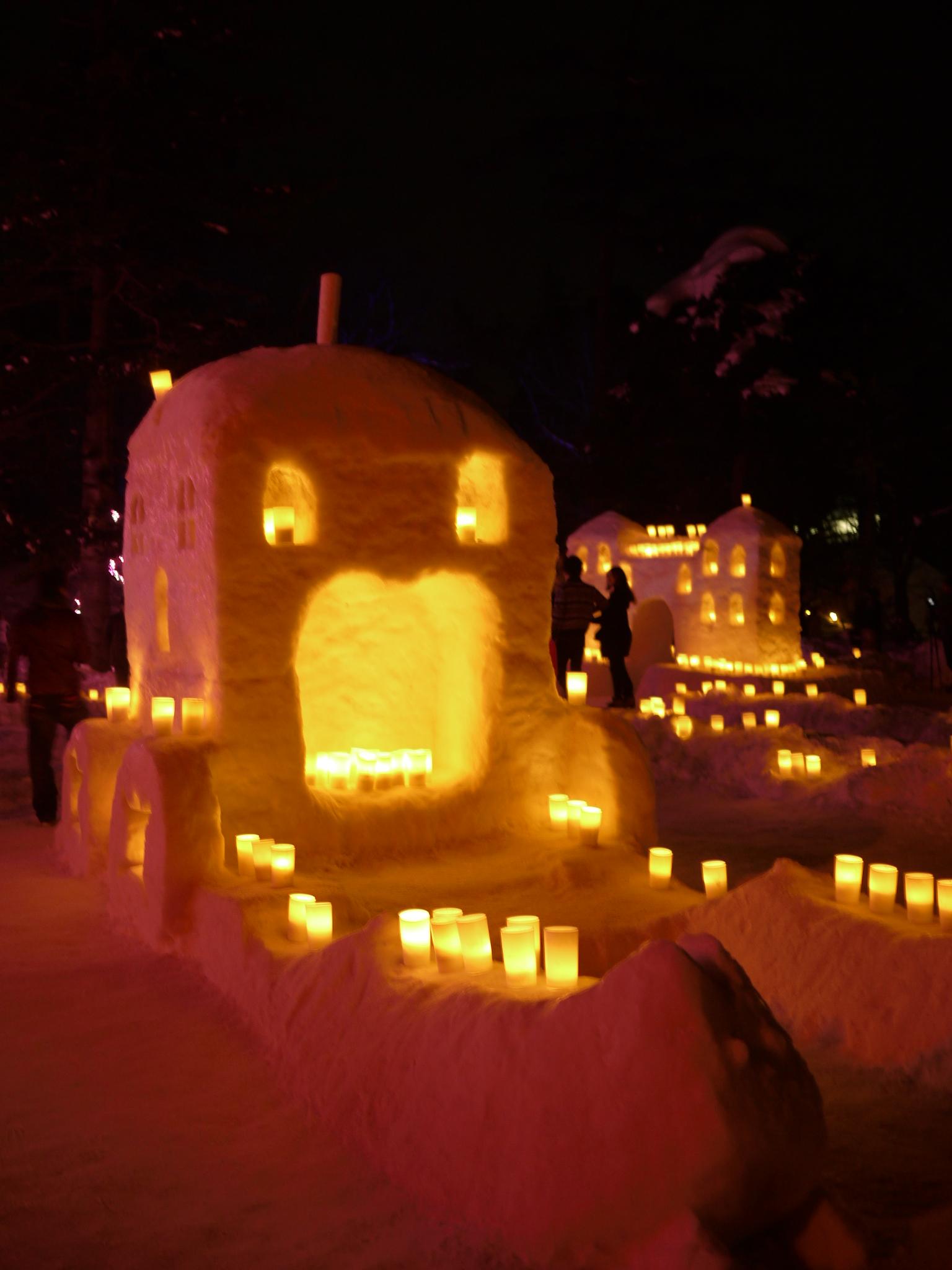 灯篭 まつり 雪
