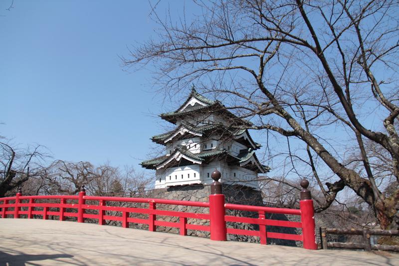 2014年4月2日 弘前城(弘前公園)天守の様子