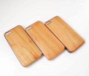 弘前城の桜の木で作ったiPhone5/5sケース